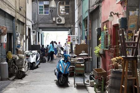 「台湾で写真展をひらいてみたら」リノベーションされた建物に集まるカフェやギャラリーたち